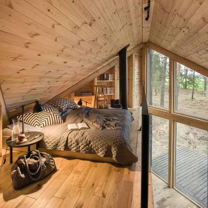 Bookworm Cabin 1